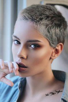 Super Short Hair, Short Grey Hair, Short Hair Cuts For Women, Shot Hair Styles, Curly Hair Styles, Buzzed Hair, Hair Evolution, Pelo Pixie, Cut Her Hair