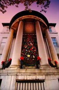 Savannah's Holiday Tour of Homes and Inns • December 13-15, 2013