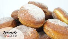 La recette des Beignets Alsaciens pour fêter Carnaval et Mardi-Gras. Les beignets de Carnaval en Alsace sont moelleux. Recette familiale de beignets.