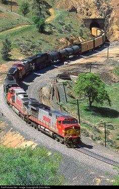 BNSF 794 Burlington Northern Santa Fe GE C44-9W (Dash 9-44CW) at Tehachapi Pass, California by Chris Mohs