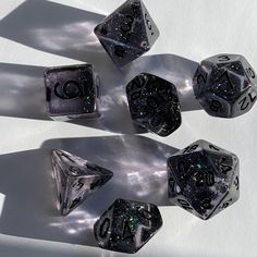 Cool Dnd Dice, Dungeons And Dragons Game, Dragon Games, Necromancer, Dnd Characters, Resin Crafts, Decir No, Geek Stuff, Cool Stuff