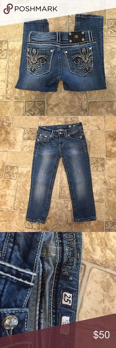 """Miss Me capris Light factory distress, jewels on pockets, no missing studs or jewels. 19"""" inseam. Excellent condition. Miss Me Jeans"""