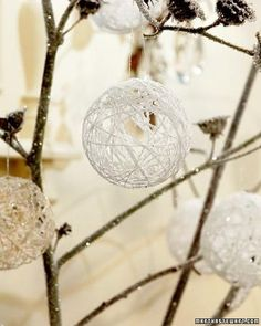 glitter dipped ornament   yarn around a round balloon. Dip in watered down glue with glitter ...