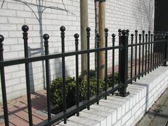 model-twiske-4. Maatwerk sierhekwerk van metaal voor tuin, voortuin en balkon.