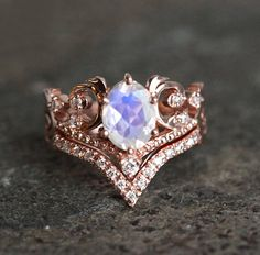 Vintage Engagement Ring Set Moonstone Ring Art Deco by capucinne Classic Engagement Rings, Platinum Engagement Rings, Morganite Engagement, Deco Engagement Ring, Engagement Ring Settings, Rose Gold Engagement, Wedding Engagement, Art Deco, Wedding Jewelry