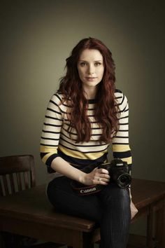 Bryce Dallas Howard, Claire, Badass, Crushes, Characters, Google Search, Lady, People, Sweaters