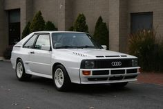 This 1985 Audi Sport Quattro (VIN WAUZZZ85ZEA905157) is one of 224 SWB Group B homologation models built and offered new at a substantial premium over standard wheelbase cars. Though the car looks very well-kept with a clean carbon-Kevlar body, paint and nice interior, it's been parked in a private collection for some time and will need service prior to use.