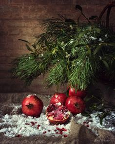 Snow pomegranates by Daykiney on DeviantArt Holiday Day, Christmas And New Year, Christmas Time, Merry Christmas, Autumn Photography, Christmas Paintings, Creative Inspiration, Pomegranate, Food Art