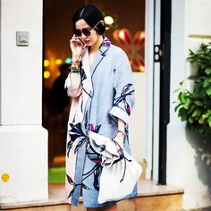 AND WHAT ABOUT THIS SUPER COOL COAT? #emmetrend #fashionblogger #fashionweek #trend #up #streetstyle #streetchic