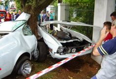 muscle car wrecks images | Car Crash: Ford Mustang Mach 1 Destroyed in South Africa