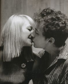 "Bob Dylan and Mary Travers ""This is Mary Travers from Peter, Paul & Mary. She has commented on this pic and said they were just good friends. At the time Dylan was in a relationship with Joan Baez. It is a great photo though"" Bob Dylan, Mary Travers, Peter Paul And Mary, Jim Marshall, Blowin' In The Wind, Under Your Spell, Joan Baez, Folk Music, Music Icon"