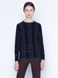 Knitted pullover in cashmere silk in a ribbed plaid jacquard. The pullover has a classic round neck and a zips at the waist and sleeves Silk Taffeta, Silk Crepe, Mock Neck, Sleeve Styles, Parka, Cashmere, Stylists, Plaid, Pullover