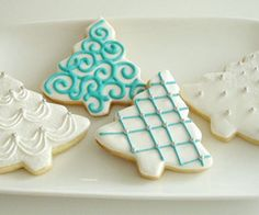 Google Image Result for http://data.whicdn.com/images/17749810/beads-blue-icing-christmas-cookies-christmas-tree-cookies-Favim.com-126332_thumb.jpg