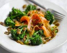 This easy and nutritious recipe for Tenderstem® or Broccoli, Scottish Smoked Salmon & Toasted Seed Salad with Lemon Dressing is certain to make your day. Fish Recipes, Seafood Recipes, Healthy Recipes, Healthy Food, Eating Healthy, Salad Recipes, Healthy Living, Yummy Food, Salmon And Broccoli