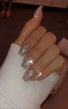 new years nails glitter ~ new years nails ; new years nails acrylic ; new years nails gel ; new years nails glitter ; new years nails dip powder ; new years nails design ; new years nails short ; new years nails coffin Cute Acrylic Nails, Cute Nails, Pretty Nails, Glitter Nail Art, Glitter Nail Designs, Silver Glitter Nails, Silver Sparkle Nails, Sparkly Nails, Silver Nail Designs
