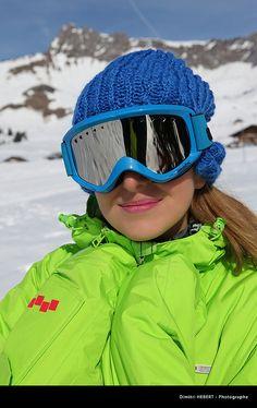 48ae0d9b0c8a Snowboard girl.  goggles  eyes  sun  winter  snow  ski