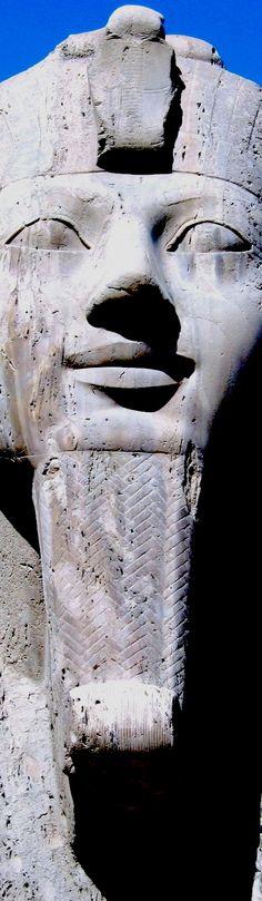 Alabaster great sphinx of Memphis. Mit Rahineh, Cairo.                                                                                                                                                     Mais