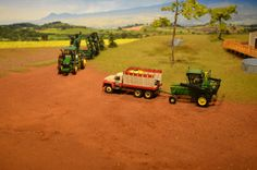 Model Farm Monday Week 182 | Customs & Display Journals ® | Toy Talk | The Toy Tractor Times Online Magazine