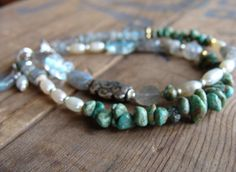 Beaded Bracelet Turquoise and Pearl.