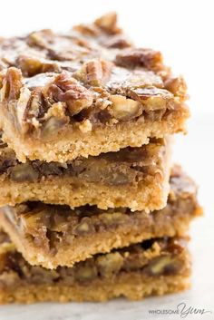 Paleo Pecan Pie Bars (Low Carb, Gluten-free) - These healthy pecan pie bars are gooey and crunchy at the same time. Paleo, low carb, gluten-free, and super easy to make.
