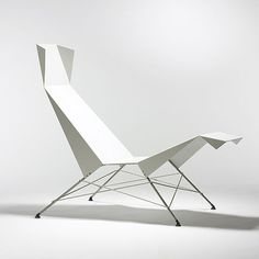 FLIP SELLIN prototype Paper Birdie chaise Germany, 2007 powder-coated aluminum, steel 27 w x 46 d x h inches Furniture Sets Design, Deco Furniture, Unique Furniture, Chair Design, Chaise Chair, Metal Chairs, Interior Exterior, Upholstered Chairs, Modern Design