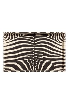 H&M Home Small rectangular zebra printed tray in fabric-covered cardboard. Height of rim 3 cm. Size 20.5x32 cm.