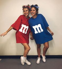 21 Easy and Sexy Halloween Costumes for Your Inspiration; Halloween costumes for teens; Halloween costumes for girls; Halloween costumes for women. Cute Group Halloween Costumes, Trendy Halloween, Group Costumes, Halloween Halloween, Halloween College, 2 People Costumes, Halloween Couples, Healthy Halloween, Women Halloween