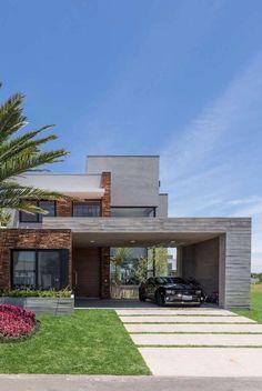 Nessa casa, nenhum dos níveis possui telhado aparente #ArquiteturaResidencial Dream House Plans, House 2, Future House, Interior Architecture, Landscape Design, Luxury Homes, Beach House, Outdoor Living, Backyard
