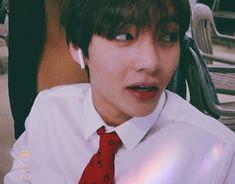 He gives that cool CEO vibes Foto Bts, Bts Photo, Daegu, Vmin, Bts Bangtan Boy, Bts Boys, Boy Scouts, K Pop, Frases Bts