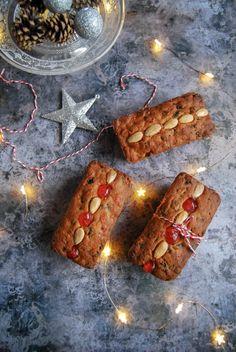Mary Berry's Mincemeat Loaf Cake - Something Sweet Something Savoury Xmas Food, Christmas Desserts, Christmas Baking, Christmas Recipes, Holiday Recipes, Christmas Ideas, Holiday Foods, Christmas Projects, Fruit Cake Loaf