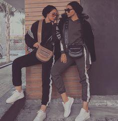 Muslim Women Fashion, Modern Hijab Fashion, Street Hijab Fashion, Hijab Fashion Inspiration, Hijab Dress Party, Hijab Outfit, Hijab Style, Hijab Chic, Mode Turban