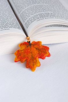 Needle Felted Wool Fall Autumn Orange Leaf Bookmark Sculpture Wool Ribbon Decor Present Decoration Miniature Collection Ready to Ship Wet Felting, Needle Felting, Felt Bookmark, Felt Leaves, Book Markers, Wool Applique, Felt Art, Felt Animals, Felt Flowers