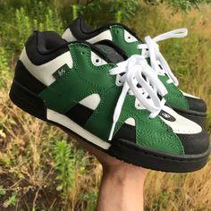 af04f1cb09d 48 Best Sneakers images   Sk8 hi, Vans sk8, Biscotti