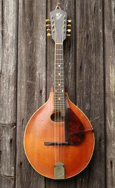 1916 Gibson H1 mandola