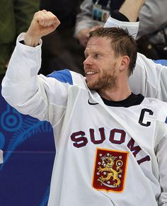 Saku Koivu, beat cancer to return to exceptional, ongoing NHL career. Now with Anaheim Ducks (2013)