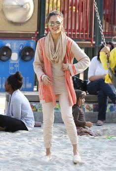 Jessica Alba Street-Style
