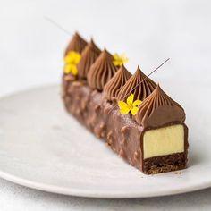 #chocolat #instagram #instalife #instagood #instadaily #eclair #instagram #instagramers #vscophile #instadaily #instalike #instaday #foodcoma #it #love #patisserie #foodie #pastry #foodgasm #cake #food #desserts #tasty #foodstagram #vscocam #vsco #vscogram #vscostyle #vscodaily #foodstagram #vscolovers #vscofood @majachocolat