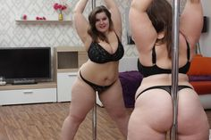 Booty Chaturbate BBW live sex cam model with big ass and large tits pole dance