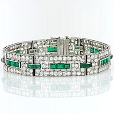 1920s Diamond Emerald Cuff Bracelet