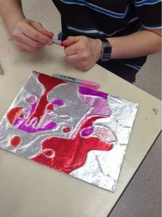 Art at Becker Middle School: Tin Foil Line Relief (texture and form) Middle School Crafts, Middle School Art Projects, Tin Foil Art, Aluminum Foil Art, Art Lessons For Kids, Art Lessons Elementary, 6th Grade Art, Ecole Art, Valentines Art