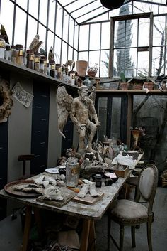 How could you not be inspired to create in a space like this?