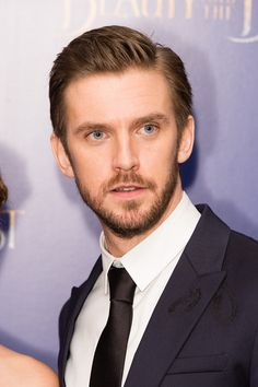 """Dan Stevens Photos Photos - Dan Stevens attends the UK Launch Event of """"Beauty And The Beast"""" at Odeon Leicester Square on February 23, 2017 in London, England. - 'Beauty and the Beast' - UK Launch Event at Odeon Leicester Square - Red Carpet Arrivals"""