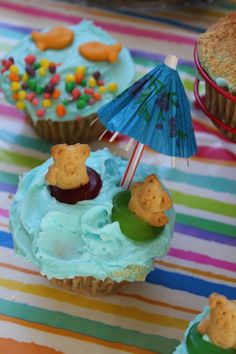 Pool Party Cupcakes @BryanandLaurel Patton