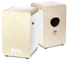 A cajon with a stunning look and sound: The Sela Wave Pro White Pearl.