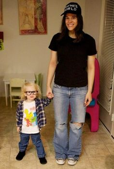 Wayne's World | Family Halloween Costumes That Will Make You Want To Have Kids