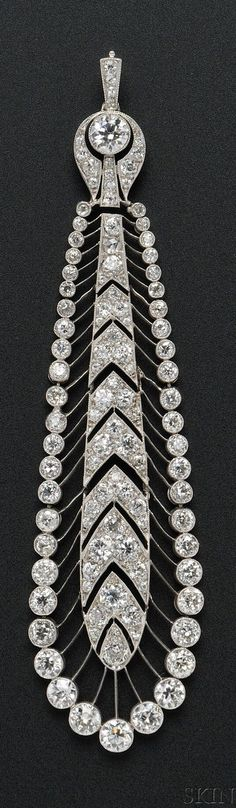 Tiffany & Co. - An Edwardian platinum and diamond pendant. Set throughout with old European-cut diamonds on knife-edge bars, millegrain accents. Edwardian Jewelry, Edwardian Fashion, Pendant Set, Diamond Pendant, Tiffany And Co, European Cut Diamonds, Diamond Jewellery, Belle Epoque, Diamond Cuts