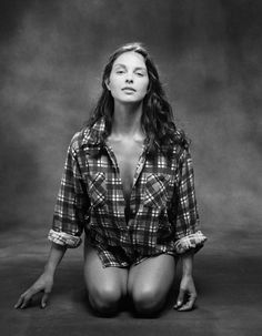 Ashley Judd is an American television and film actress and political activist. Judd grew up in a family of successful performing artists as the daughter of country music singer Naomi Judd and the half-sister of Wynonna Judd Ashley Judd, The Half Sisters, Beautiful People, Beautiful Women, Beautiful Pictures, Tommy Lee Jones, Believe, Country Music Singers, Matthew Mcconaughey