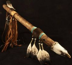 """The Shaman Messenger"" - Native American hand carved Flute by Master Flute Maker Roger McGee Native American Music, Native American Wisdom, Native American Fashion, Native American History, Native American Indians, Native Flute, Flautas, Native Art, First Nations"