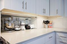 Appliance garage & backsplash--wow this one doesn't take up counter space!!!: