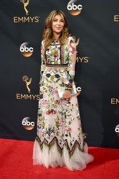 All The Looks We Loved From The 2016 Emmys Red Carpet